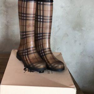 Authentic Burberry Check Rain boots